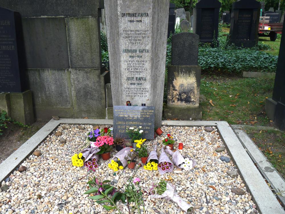 Kafka in Prag: Hier fand er seine letzte Ruhe.