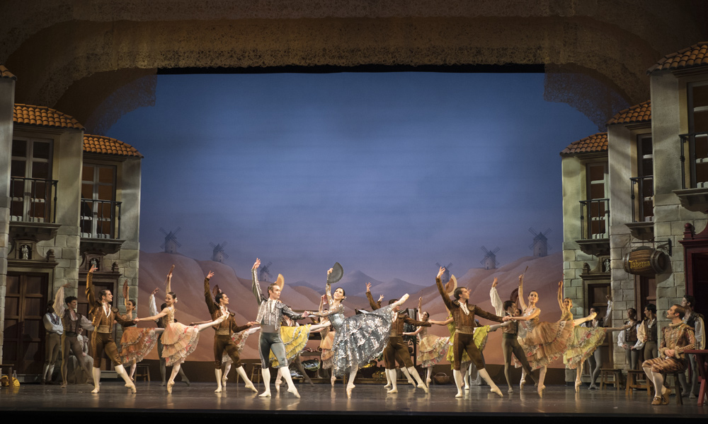 "Spanisches Setting in ""Don Quixote"" (Foto: © Fernando Marcos)"