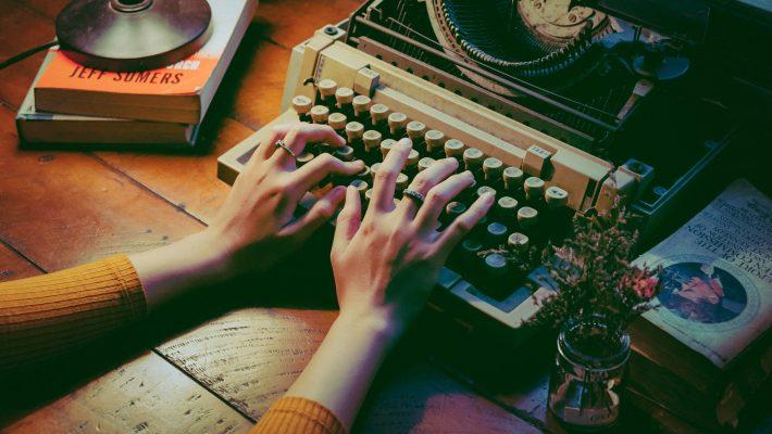 Joyce Carol Oates: Beim Schreiben allein
