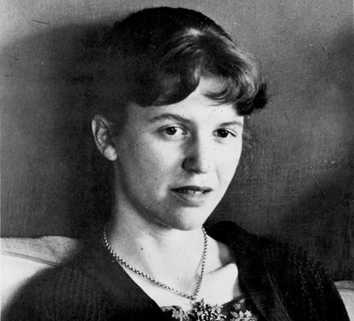Sylvia Plath (* 1932 in Jamaica Plain bei Boston, Massachusetts, † 1963 in London)