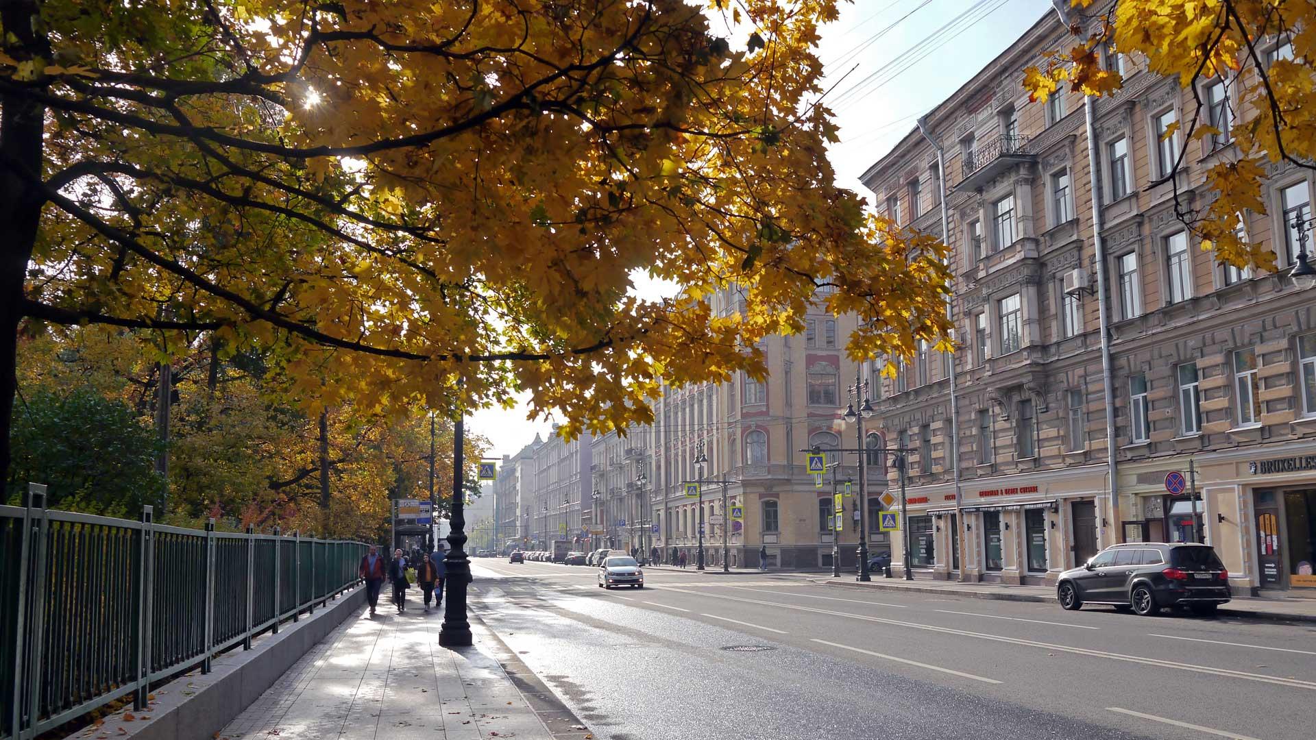 Der Herbst ist eine optimale Reisezeit für eine Reise nach St. Petersburg (Foto: Sommerdiebe.de)
