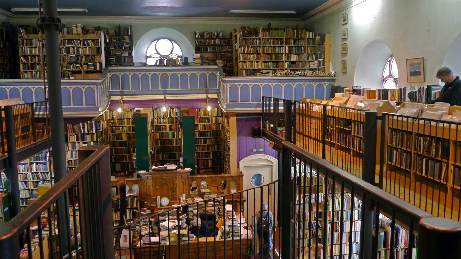 Bücherkathedrale: Der Leakey's Bookshop in Inverness befindet sich in einer ehemaligen Kirche. (Foto: Sommerdiebe.de)