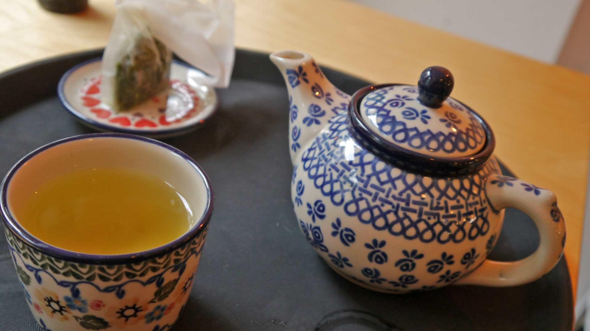 Tee trinken bei Kame