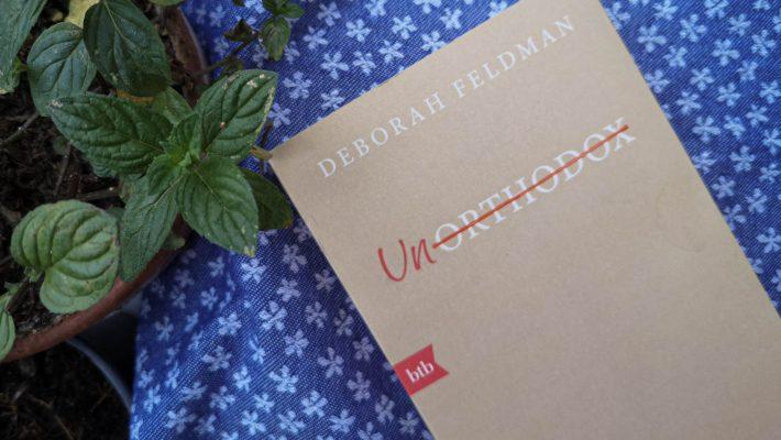 """Deborah Feldman schreibt in """"Unorthodox"""" über ihren Ausstieg aus einer ultra-orthodoxen jüdischen Gemeinde in New York."""