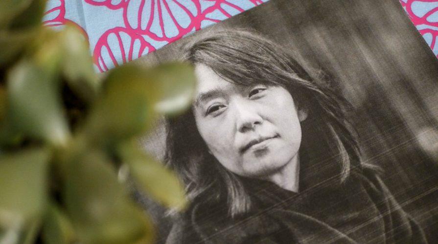 Han Kang gilt als eine der wichtigsten literarischen Stimmen Koreas. Hier stelle ich Euch die Autorin und ihre bekanntesten Werke vor. (Foto: Sommerdiebe.de)
